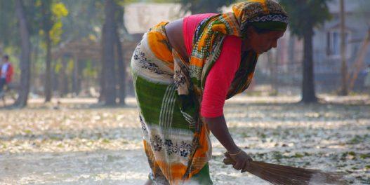 Zbog čega su žene više ugrožene klimatskim promenama od muškaraca?