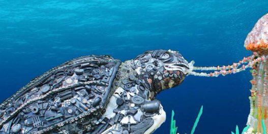 Ova neprofitna organizacija podiže svest o plastici iz okeana praveći od nje umetnost